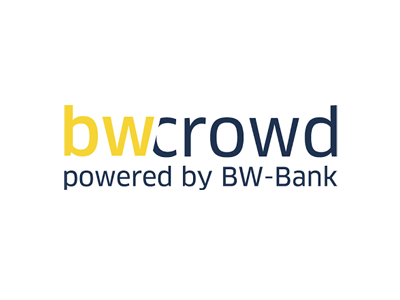 bw-crowd
